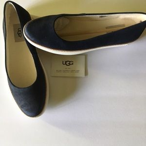 UGG Flats (New) Suede